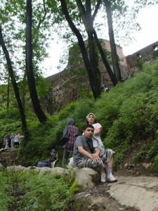Navid & Nikta are breathing after 1.5 Km climbing